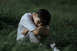 אדם עם דיכאון