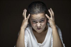 מתבגר חווה מרדנות בגיל הנעורים
